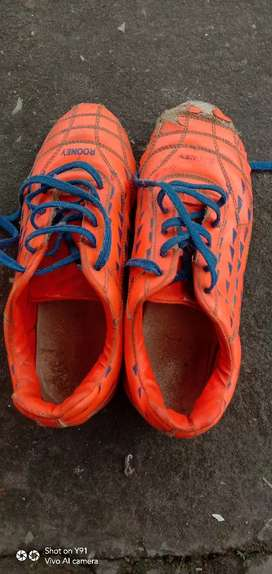 200₹ sports boot