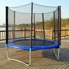 Jumping Trampoline with Enclosure