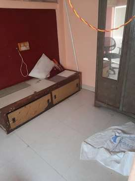 Chawl room on rent in marol Vijay nagar for family or bachelor etc.