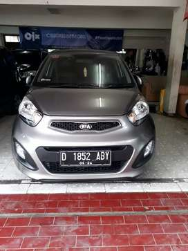 Kia Picanto AT 2014 km rendah