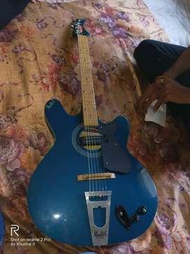 Semi electric guitar