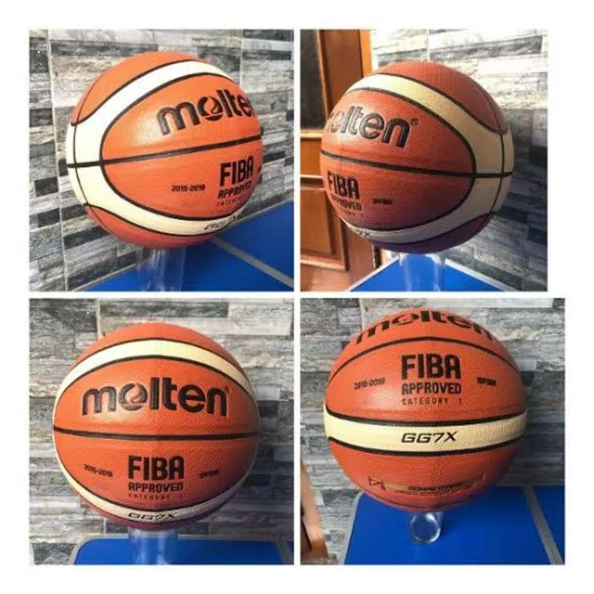 Bola basket Molten GG7X semi kulit 0