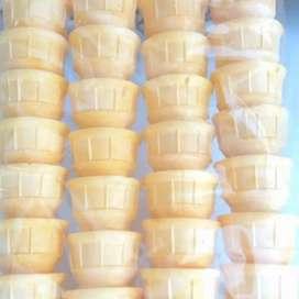 Cone ice cream/cup cone