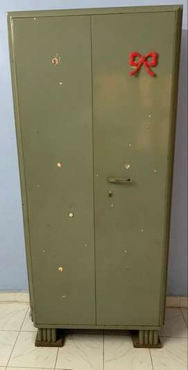 Steel Almairah Very good Condition -6.5 ftX4 ft