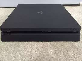 Sony Playstation4 Slim 1TB  + 2 Dual Shock Controllers + 6 Game Titles