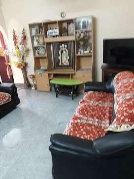 Beautiful 3 bedroom flat for sale in balaji colony, tirupathi