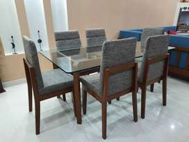 European Style Designer Dining Table with 6 chairs (Sheesham Wood)