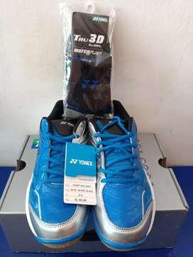 Sepatu badminton Yonex Original!!!