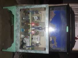 COMPLETE AQUARIUM SET WITH ALL ACCESSORIES AND FURNITURE.