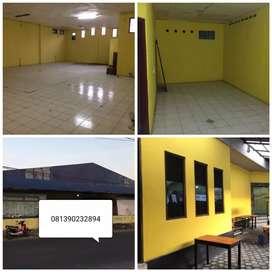 Di sewakan gudang + rumah bisa buat kantor /mini market/usaha/usaha