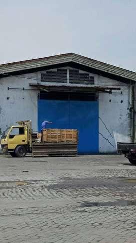Gudang Margomulyo Permai Dekat akses tol dan pelabuhan