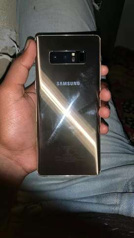 Samsung Galaxy Note 8 in gold color