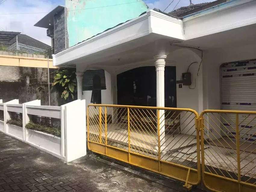 MURAH!! Rumah Hitung Tanah Pogung UGM dlm Ringroad Luas 372m2