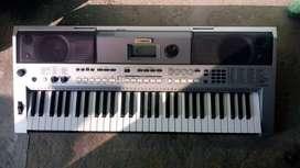YAMAHA PSRI455 Piano