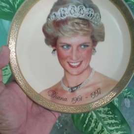 Ladie Diana plate collection piece