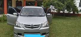 Dijual mobil Avanza type G mulus parah jarang di pake KM rendah mantap