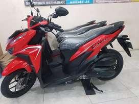 New vario 125 merah metalic