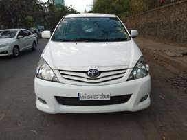 Toyota Innova 2.5 G4 7 STR, 2010, Diesel