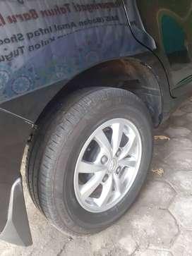 Toyota avanza G A/T hitam 2012 plat AD (boyolali)