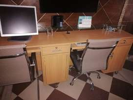 3 seater Counter for sale for office