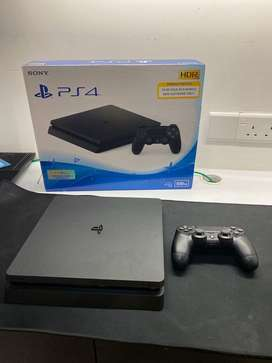 PS4 Slim 500GB CUCH 2016A - Black