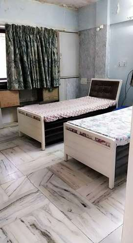 PG paying guest flats n shearing beds are available in marol /jb nagar