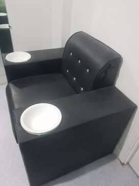 Used Manicure chair  superb condition