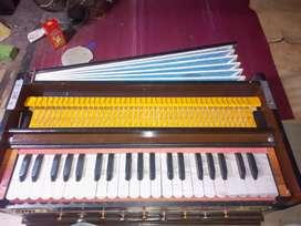 Harmonium good condition
