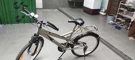 Hero Kross Cycle