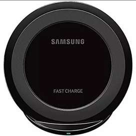 Samsung Qi Certified Fast Charge Wireless Charging Pad + Stand - Black