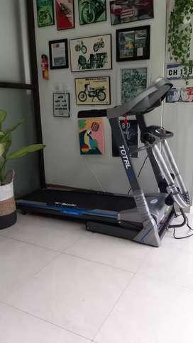 Treadmill elektrik tipe 270/ 3 fungsi