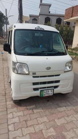 Hijet .2011 model  and registered 2016.neat and clean car.
