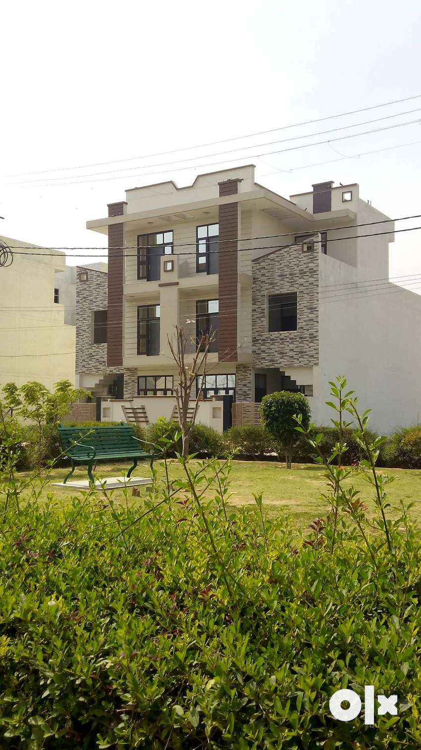 [FOR SALE] 136 SQ YARD RESIDENTIAL DUPLEX HOUSE NEAR TO JAGRITI VIHAR 0