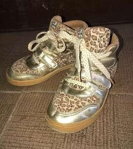 Sepatu anak ala korea