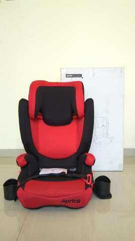 Carseat booster Aprica