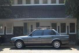 BMW E30 grey m40 original 318i abu 1990 well maintain