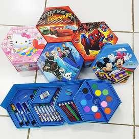 Crayon Set Warna Karakter 4in1 Isi 46pcs