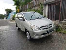 Toyota Kijang Innova 2004 G MT