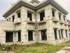 24 marla corner 7 bedrooms grey structure for sale in bani gala Isb