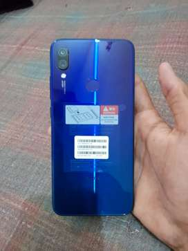 Full condition phone without any scratch