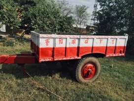 Tractor trolley hydraulic for sell.