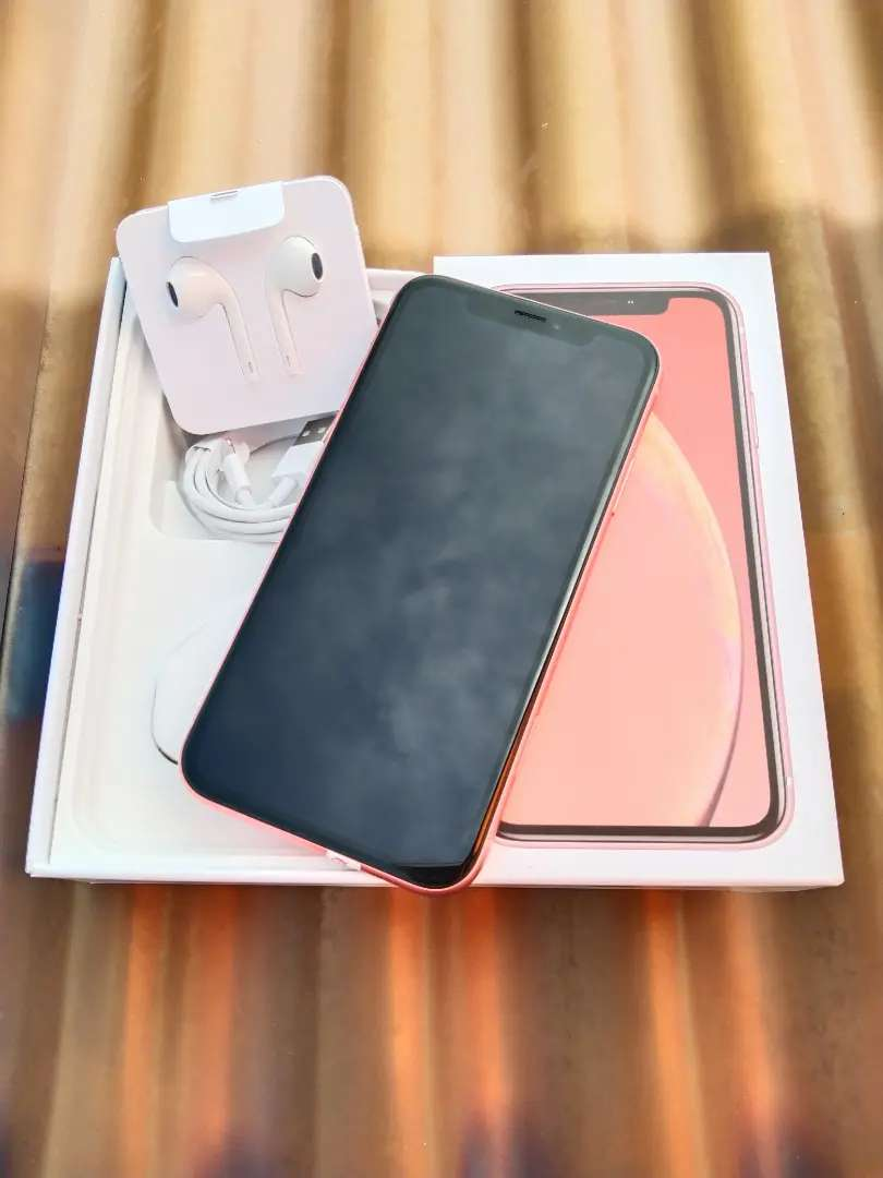 Iphone XR 64gb coral 0