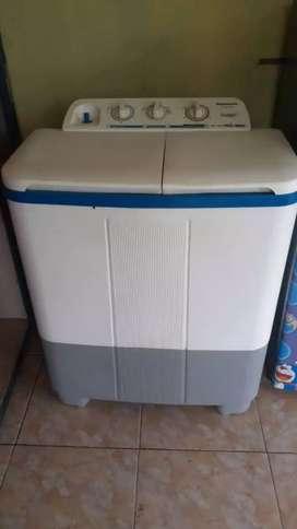 Mesin cuci Panasonic uk besar