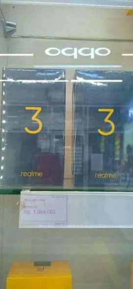 Realme 3 3/64gb