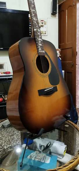YAMAHA F310 GUITAR( BROWN )