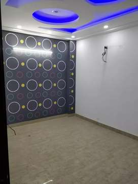3bhk with car parking and lift.metro distance 500mtr