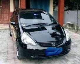 BU Mobil Honda Jazz warna hitam metalik. Pajak panjang