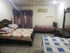 DHA FULL SEPARATE HOUSE AVAILABLE FOR SHORT TERM