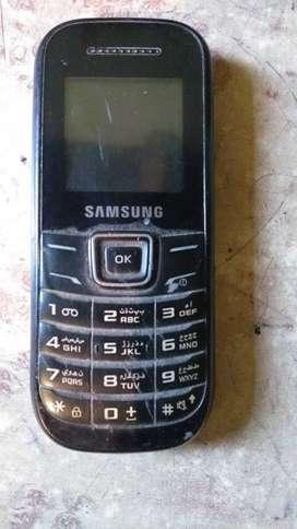 Samsung GT - E1200M