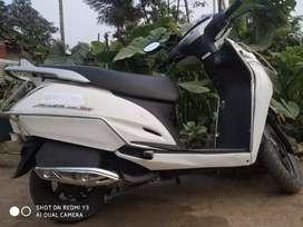 Honda Activa 125c, Disc Brake.